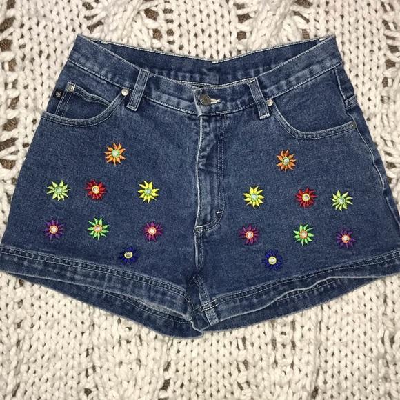 No Boundaries Pants - No Boundaries Floral Embroidered Shorts